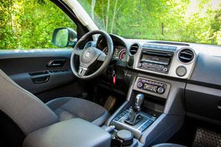 Тест-драйв Volkswagen Amarok, Toyota HiLux