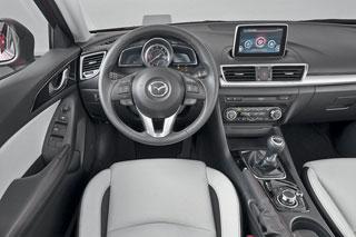 Тест-драйв Mazda 3