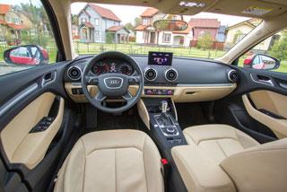 Тест-драйв Mercedes A 200, Audi A3, BMW 118i