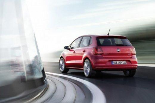 вид сзади 2015 Volkswagen Polo