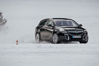 Тест-драйв Opel Insignia Sports Tourer OPC