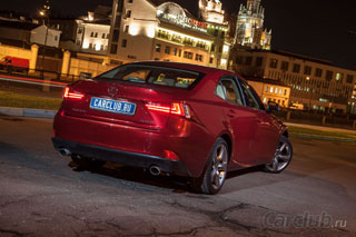Тест-драйв Lexus IS 250