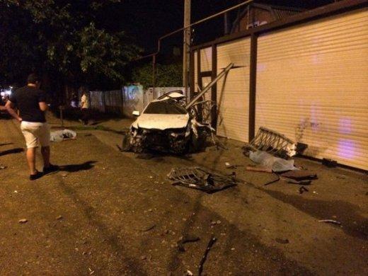 Жуткая авария в Краснодаре унесла жизни двух человек